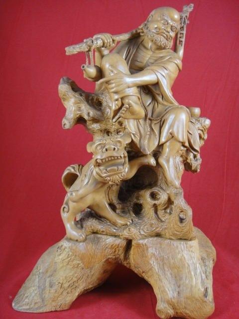 红木雕刻舞狮图片